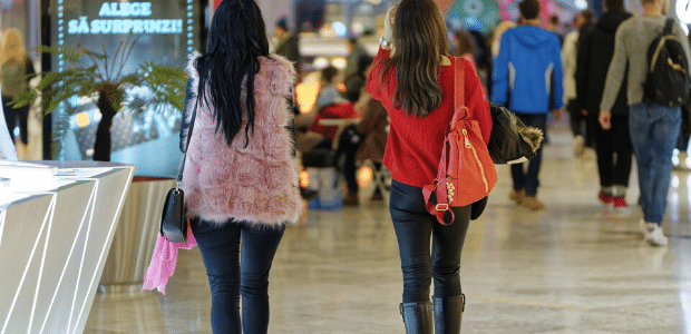 Women Are Born To Shop Follow These Frugal Shopping Tips